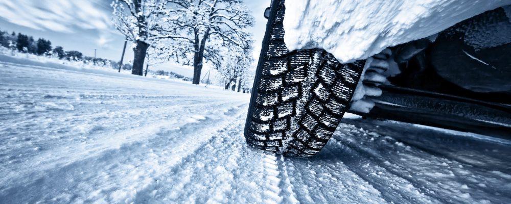 Les pneus neige bientôt obligatoires en France
